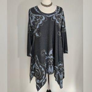Philosophy tunic top with handkerchief hem